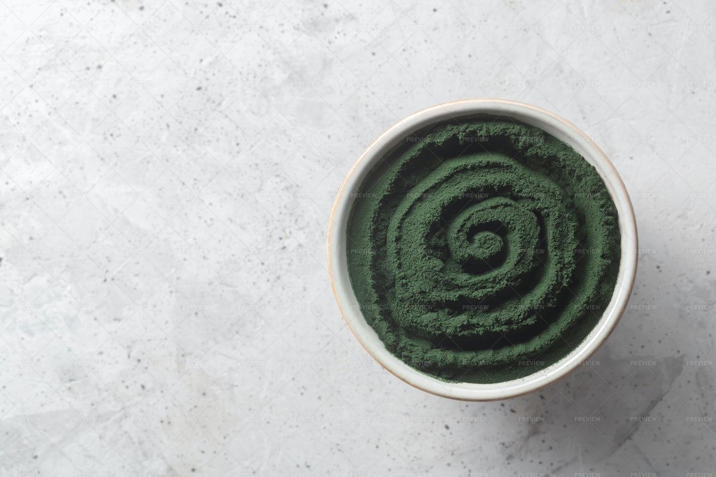 Green Powder: Stock Photos