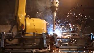 Industrial Welding Robot 05: Stock Video