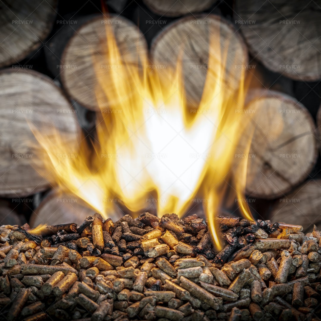 Burning Wood Pellet: Stock Photos