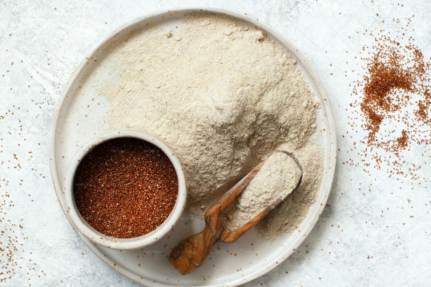 Flour And Grains: Stock Photos