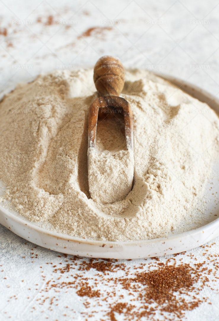 White Teff Flour: Stock Photos