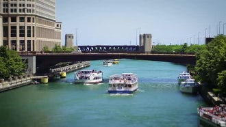 Tour Boats On Chicago River: Stock Video