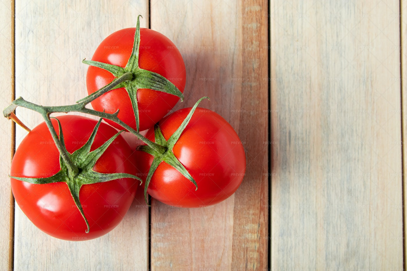 Fresh Red Tomatoes: Stock Photos