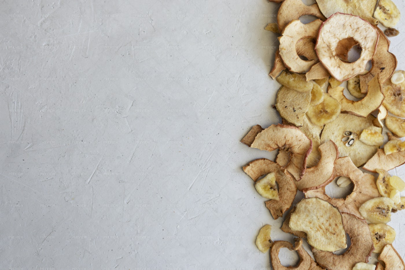 Dried Healthy Chips: Stock Photos