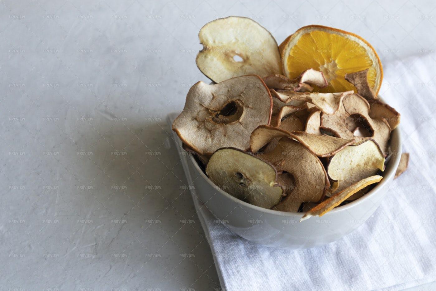 Crispy Fruit Chips: Stock Photos