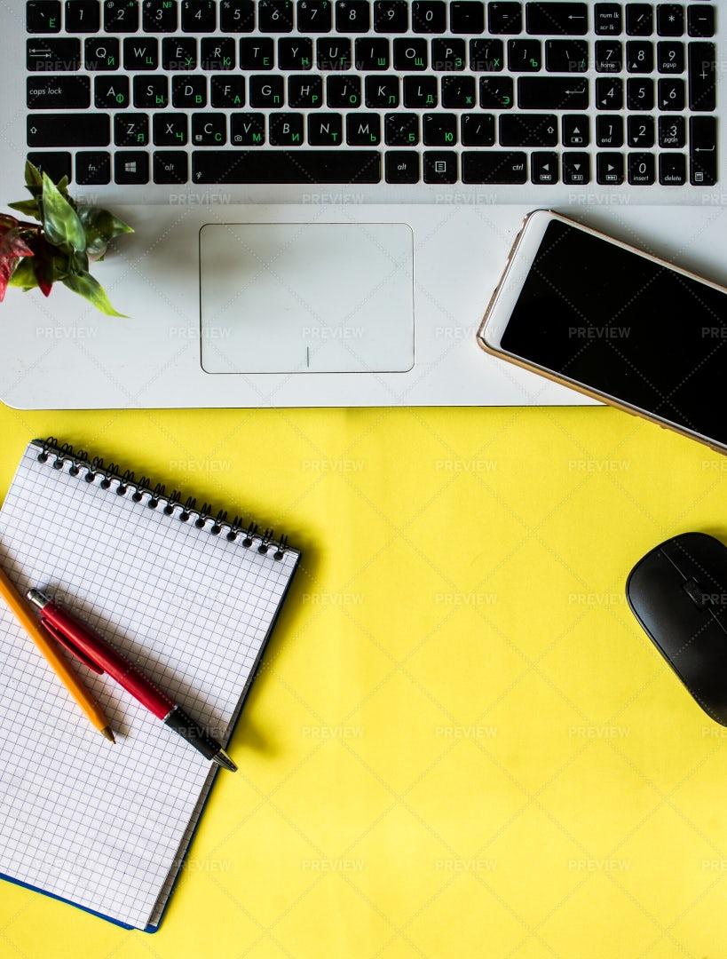 Freelance Workspace: Stock Photos