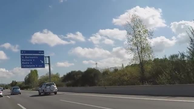 Traffic Flowing On The Highway: Stock Video