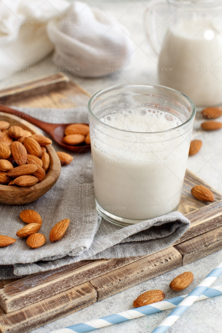 Homemade Almond Milk: Stock Photos