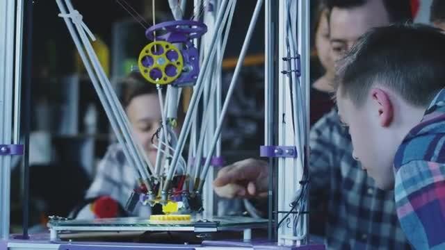 Teacher And Kids Exploring 3d Printing: Stock Video