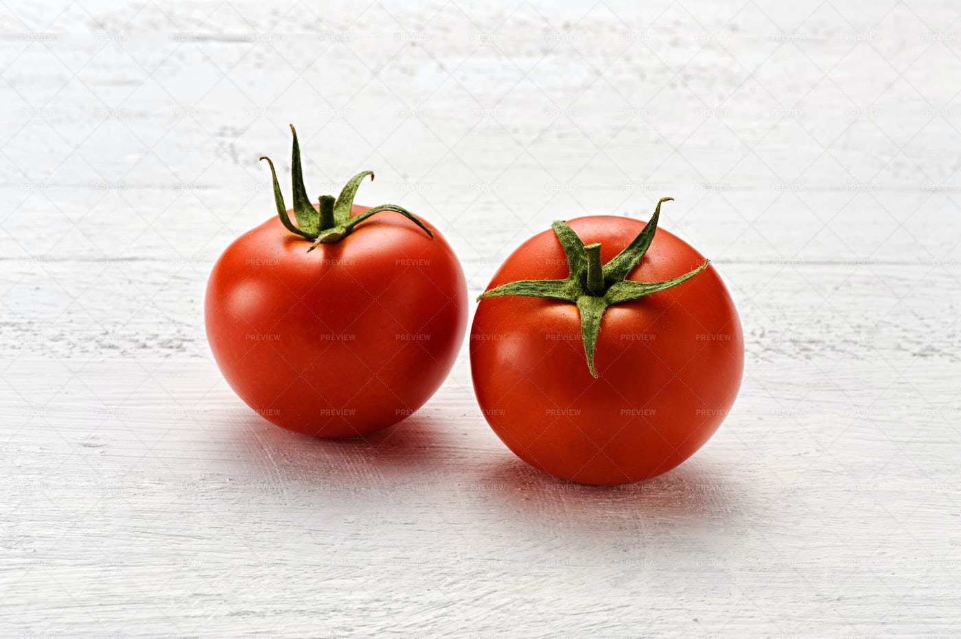 Two Red Tomatoes: Stock Photos