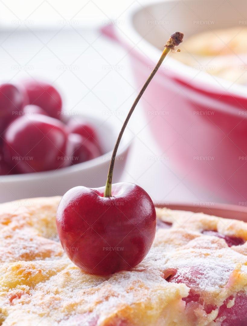 Cherry Atop The Ckae: Stock Photos