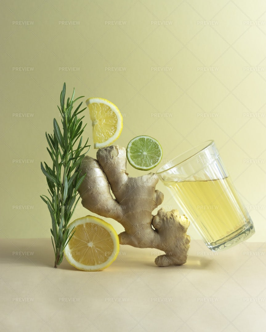 Ginger Lemonade With Ingredients: Stock Photos