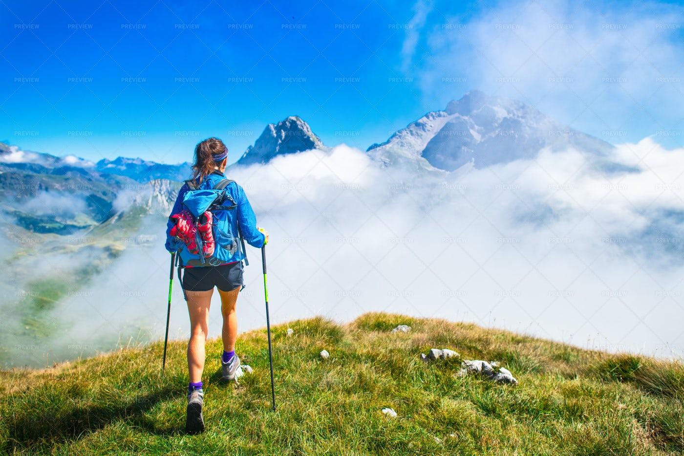Mountain Trek: Stock Photos