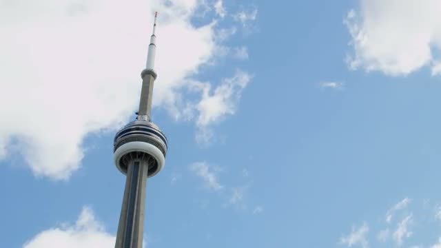 CN Tower in Toronto: Stock Video