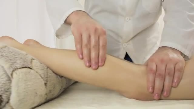 Leg  Massage: Stock Video