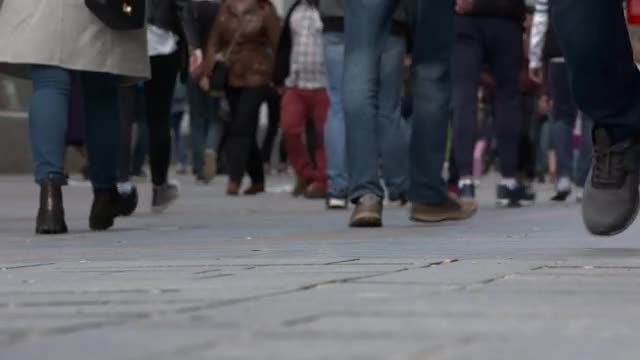 People Walking In Slow Motion: Stock Video