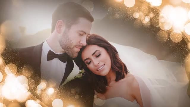 Bokeh Gold Wedding Frame: Stock Motion Graphics