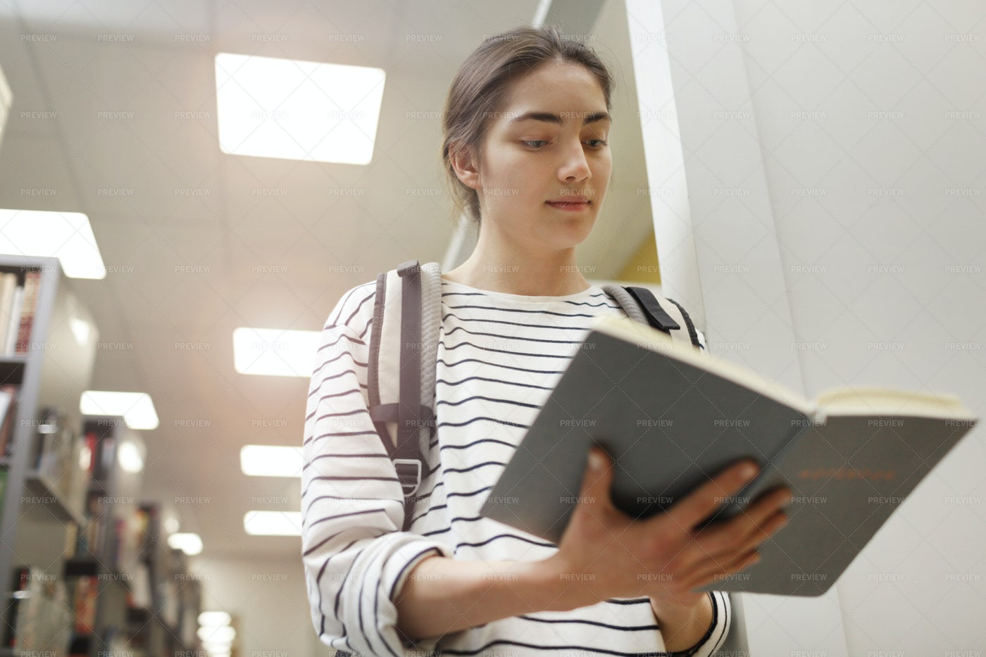 Student In The Library: Stock Photos