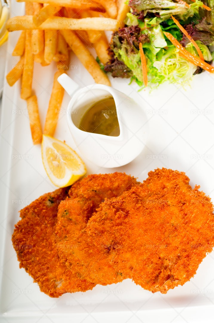 Milanese Veal Cutlets: Stock Photos