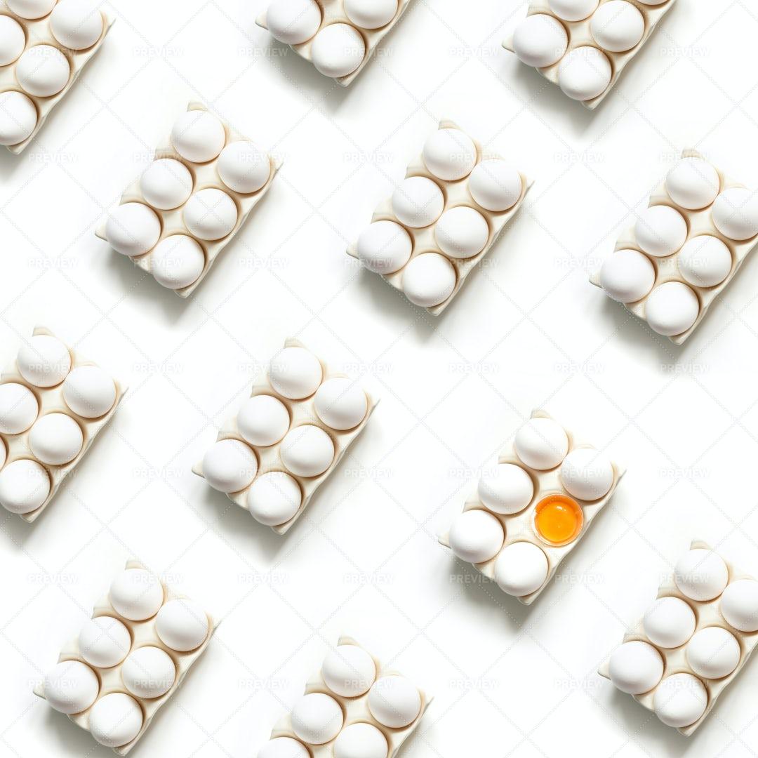 Organic White Eggs: Stock Photos