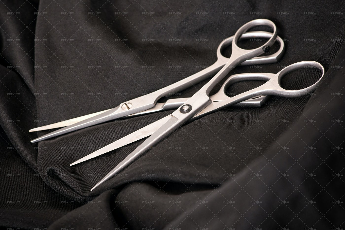Professional Hairstyling Scissors: Stock Photos