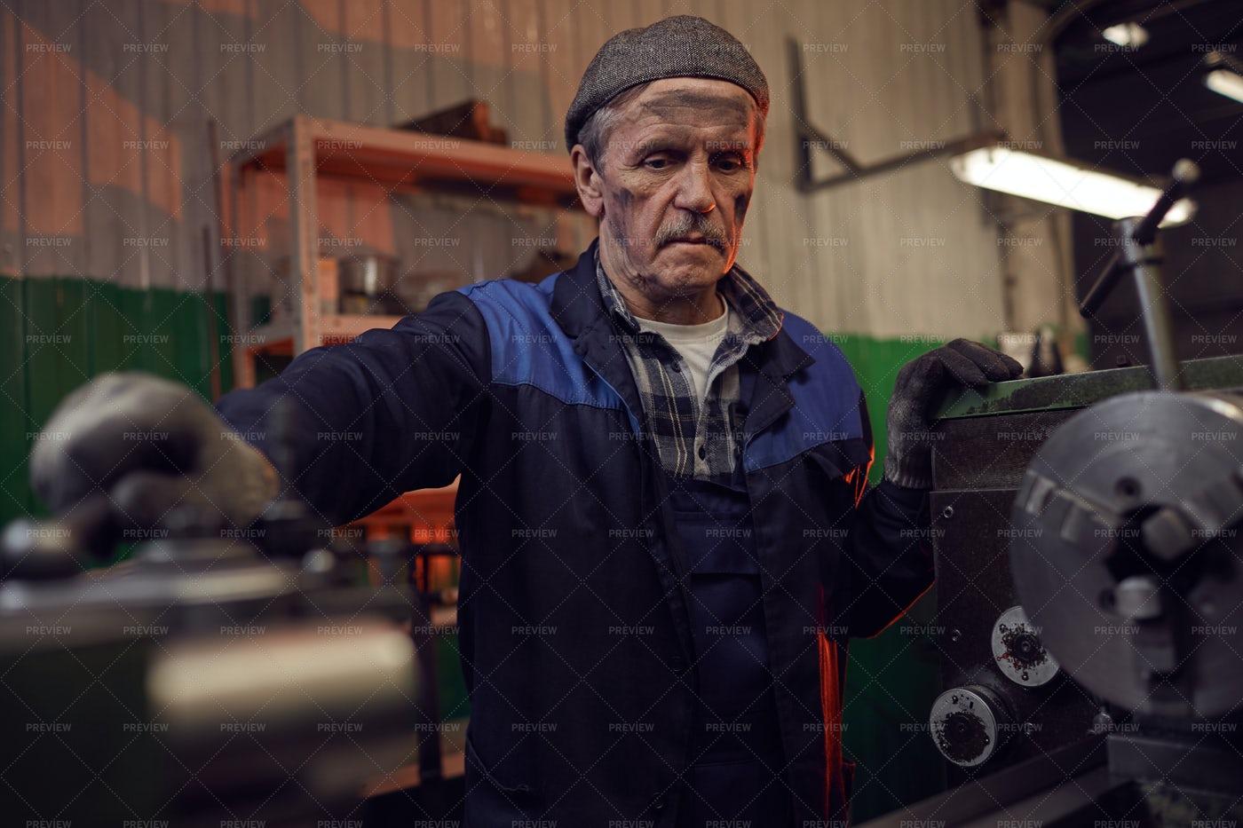 Senior Industrial Worker: Stock Photos