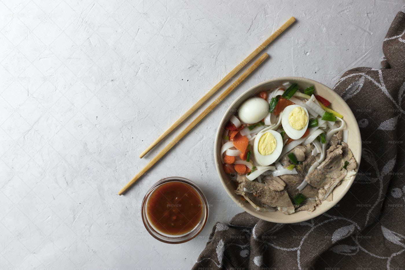 Spicy Beef Noodle Soup: Stock Photos