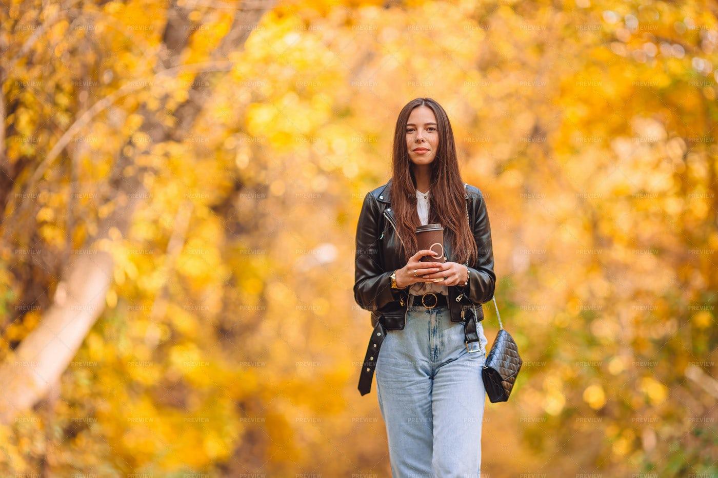 Woman In Autumn: Stock Photos