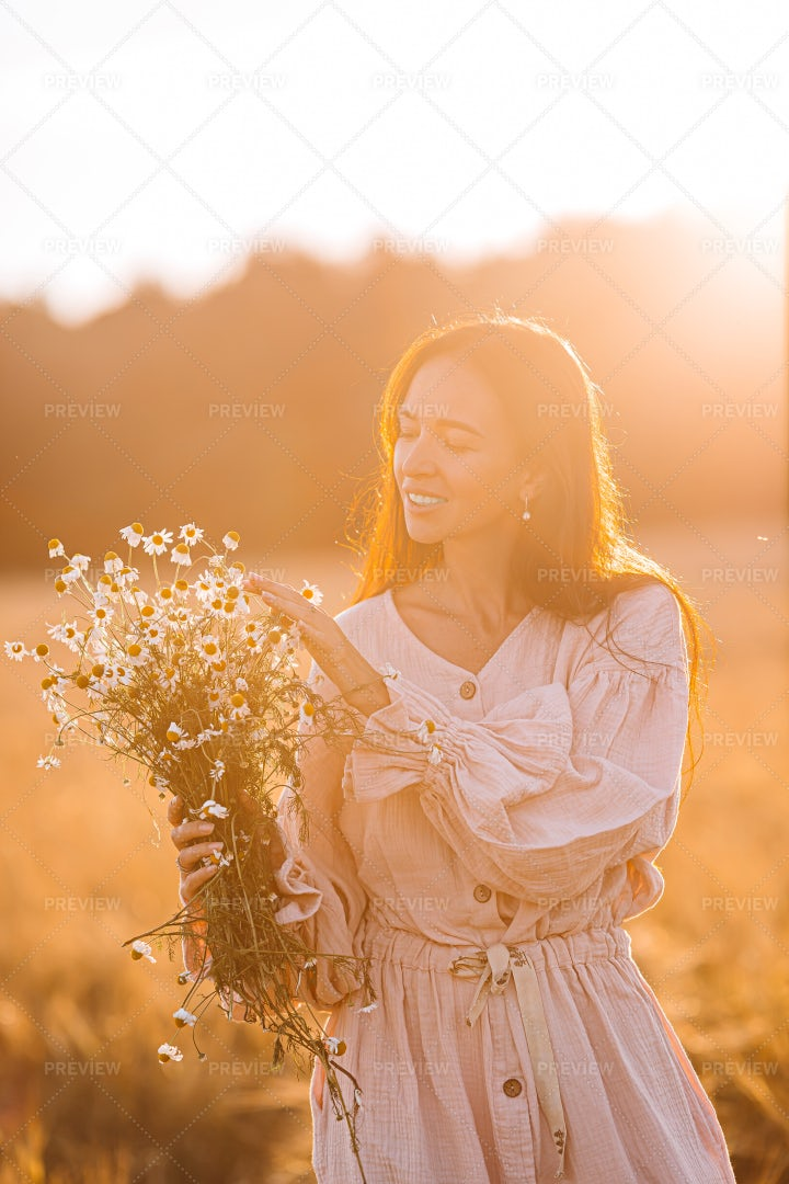 Girl In The Field: Stock Photos