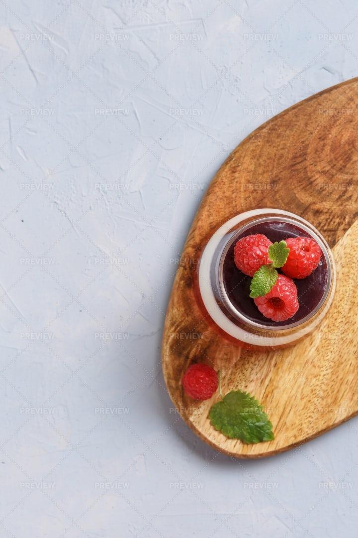 Tasty Berry Pudding: Stock Photos