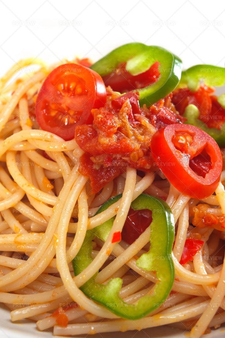 Spicy Italian Spaghetti: Stock Photos