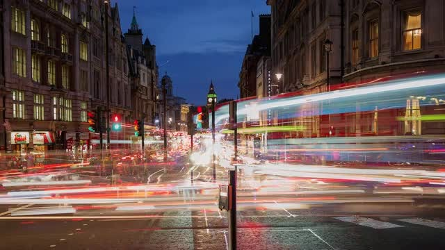 Time-Lapse Of Trafalgar Square : Stock Video