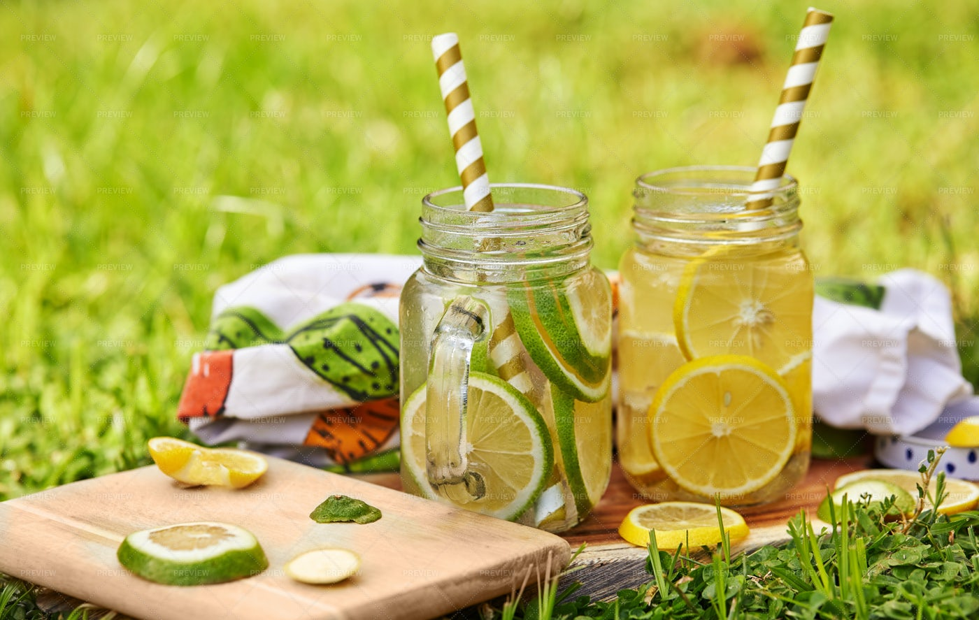 Refreshing Drink: Stock Photos