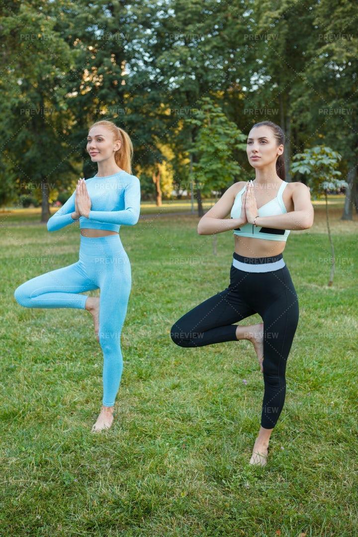 Women Practicing Yoga: Stock Photos