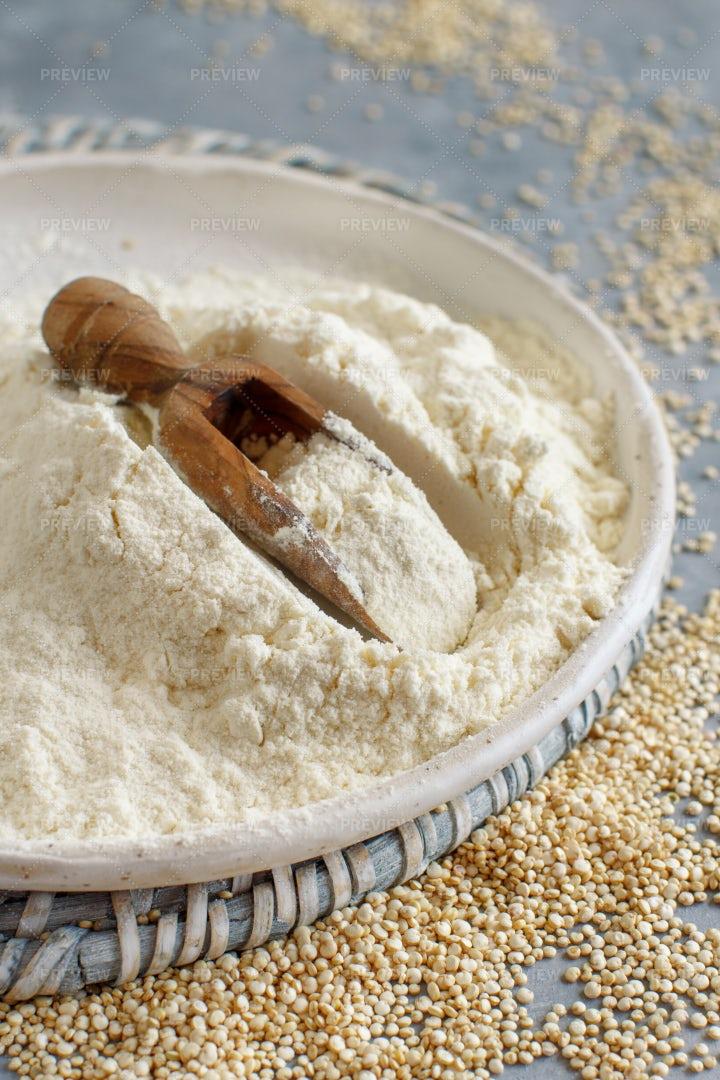 White Quinoa Flour: Stock Photos