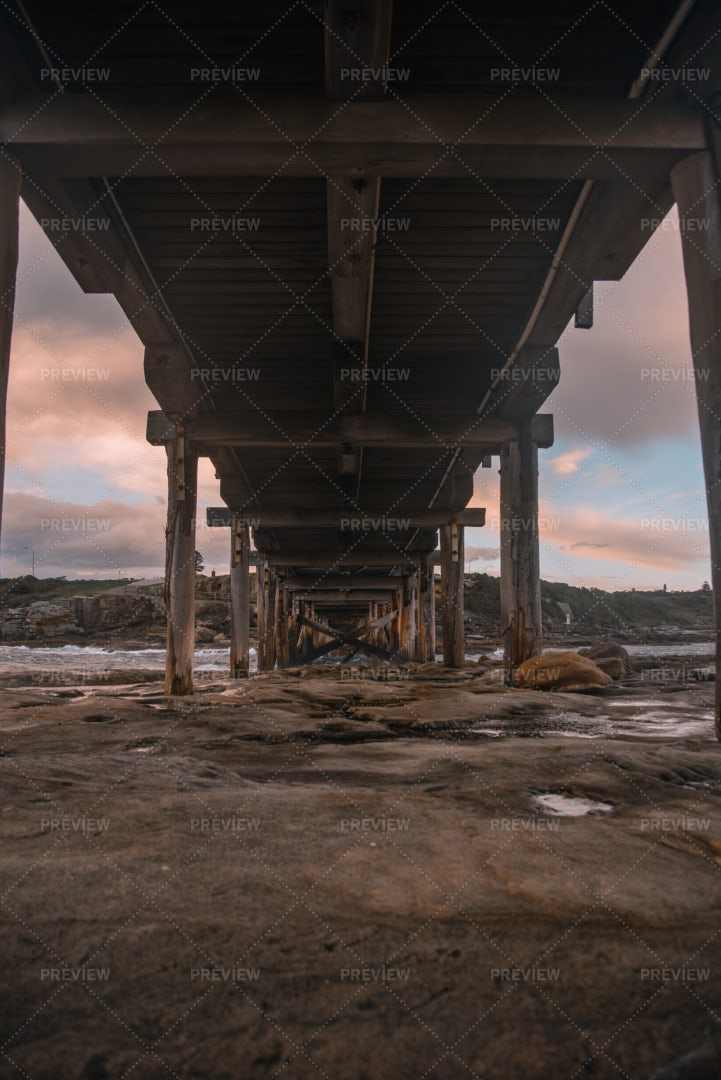 Under Wooden Bridge: Stock Photos