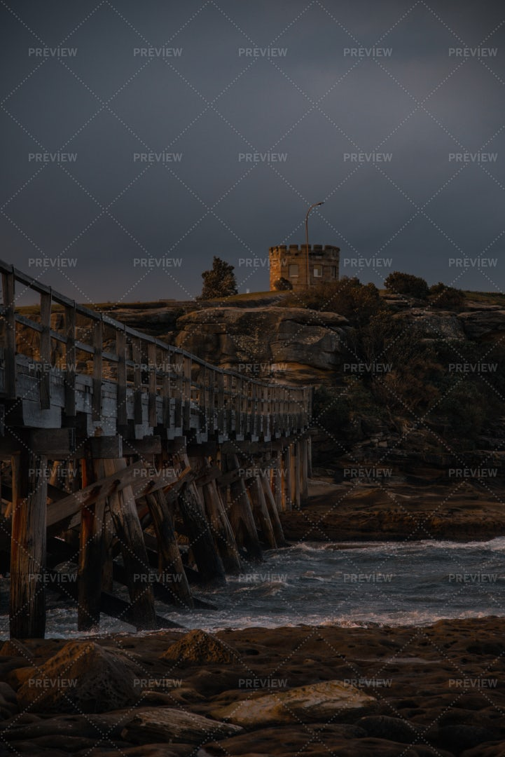 Bridge And Castle: Stock Photos