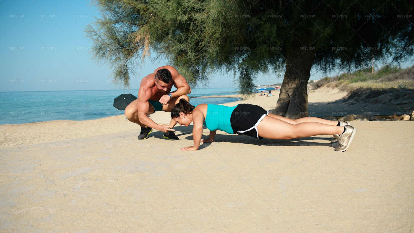 Personal Trainer Motivating Client: Stock Photos