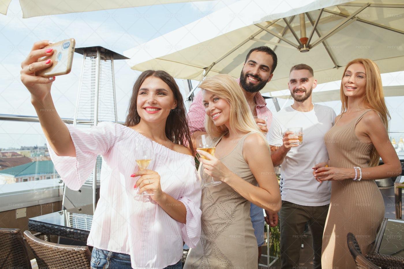 Rooftop Bar Selfie: Stock Photos