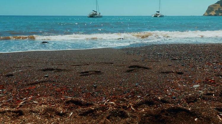 Red Sand Beach: Stock Video