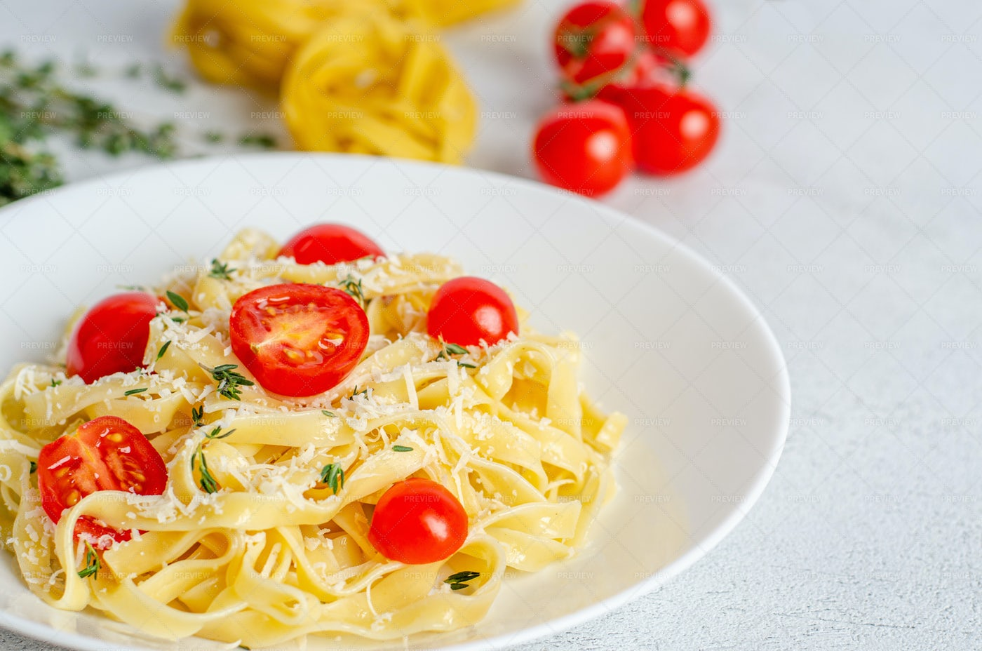 Fettuccine Pasta: Stock Photos