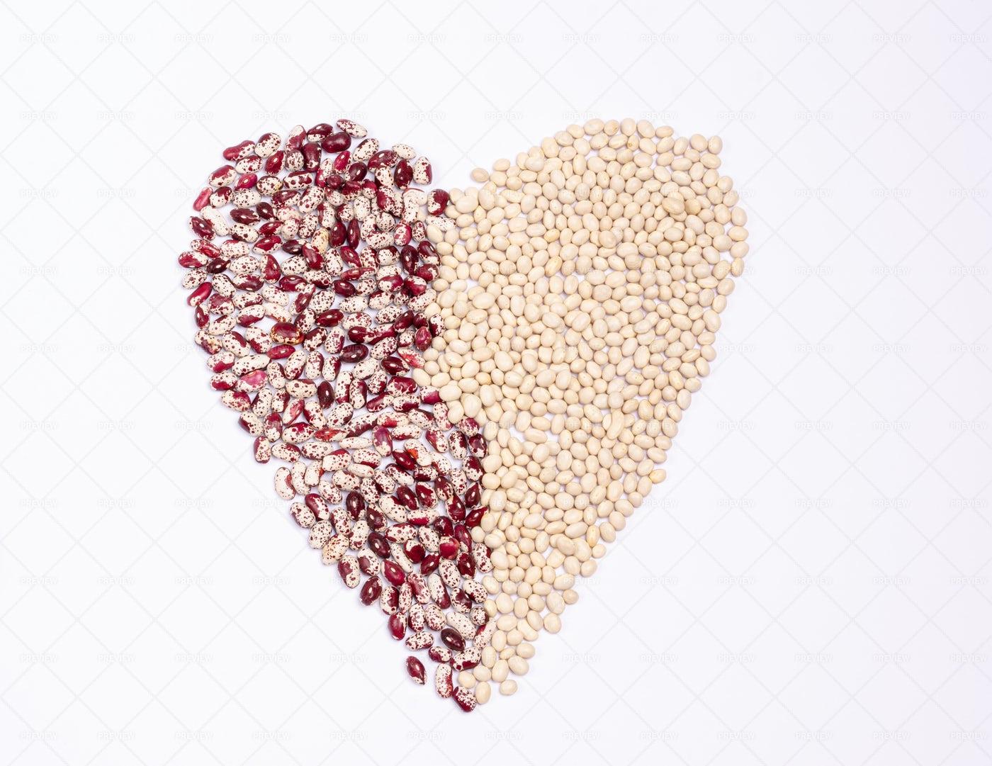 Raw Bean Heart: Stock Photos