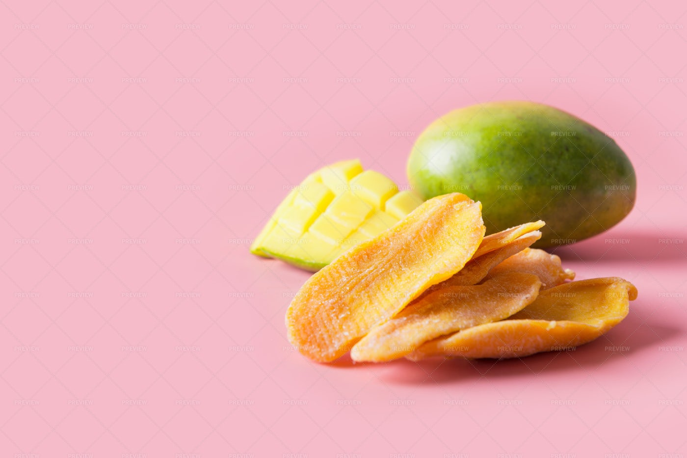 Mango Chips: Stock Photos