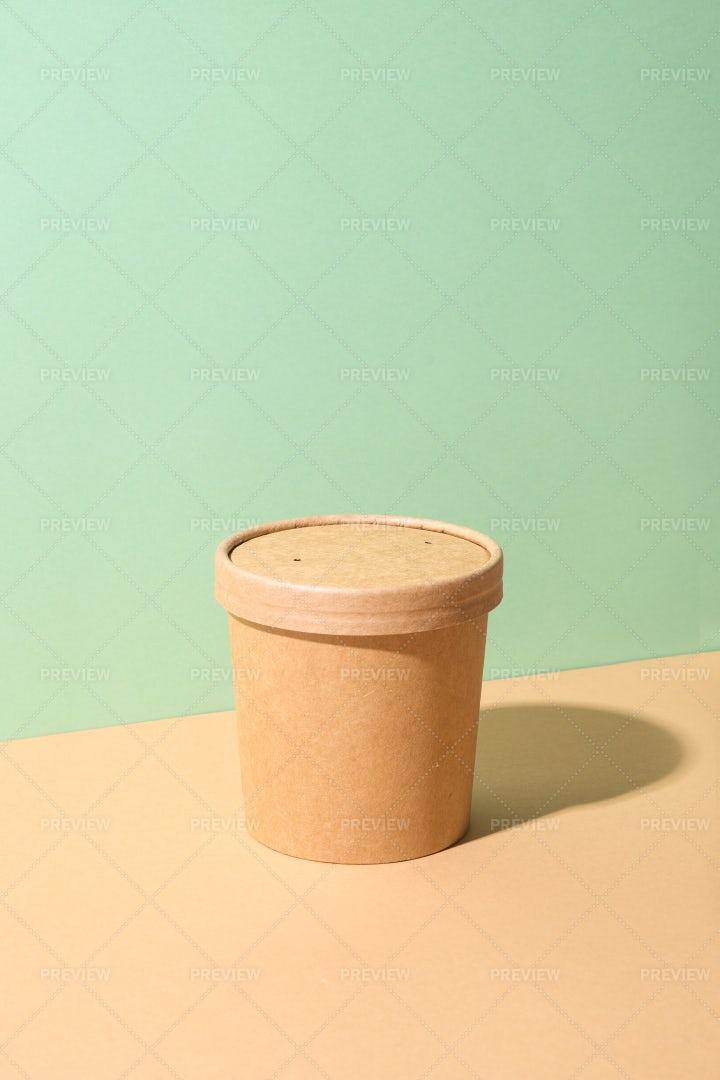 Craft Paper Soup Cup: Stock Photos