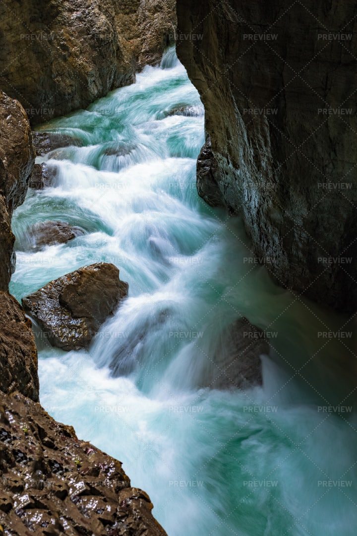 Mountain River: Stock Photos