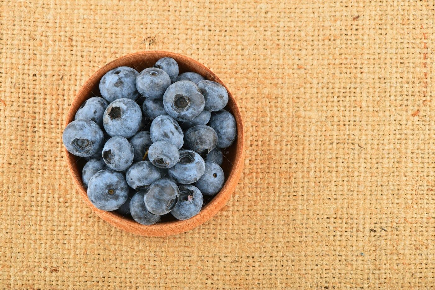 Bowl Of Blueberries: Stock Photos