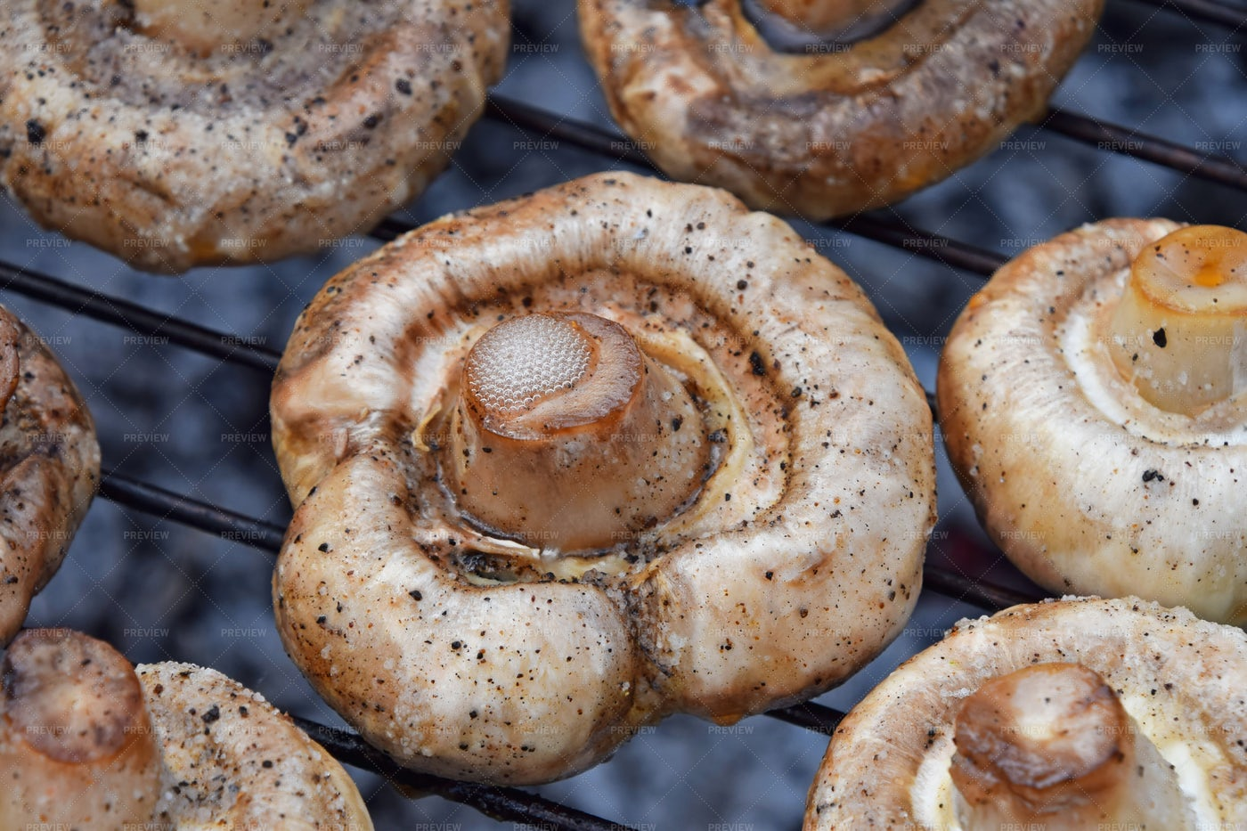 Grilling Mushrooms: Stock Photos