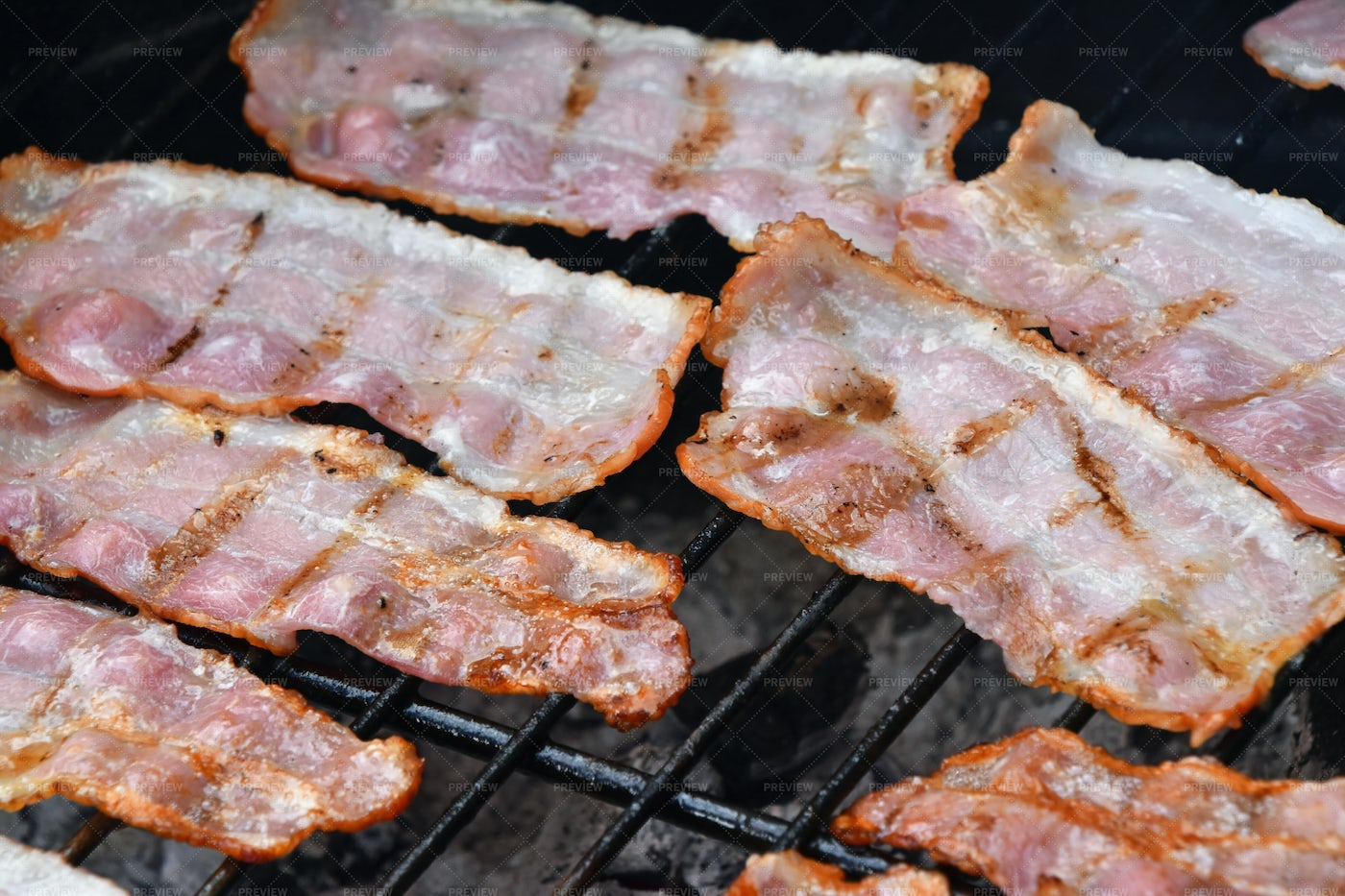 Crispy Bacon Slices: Stock Photos