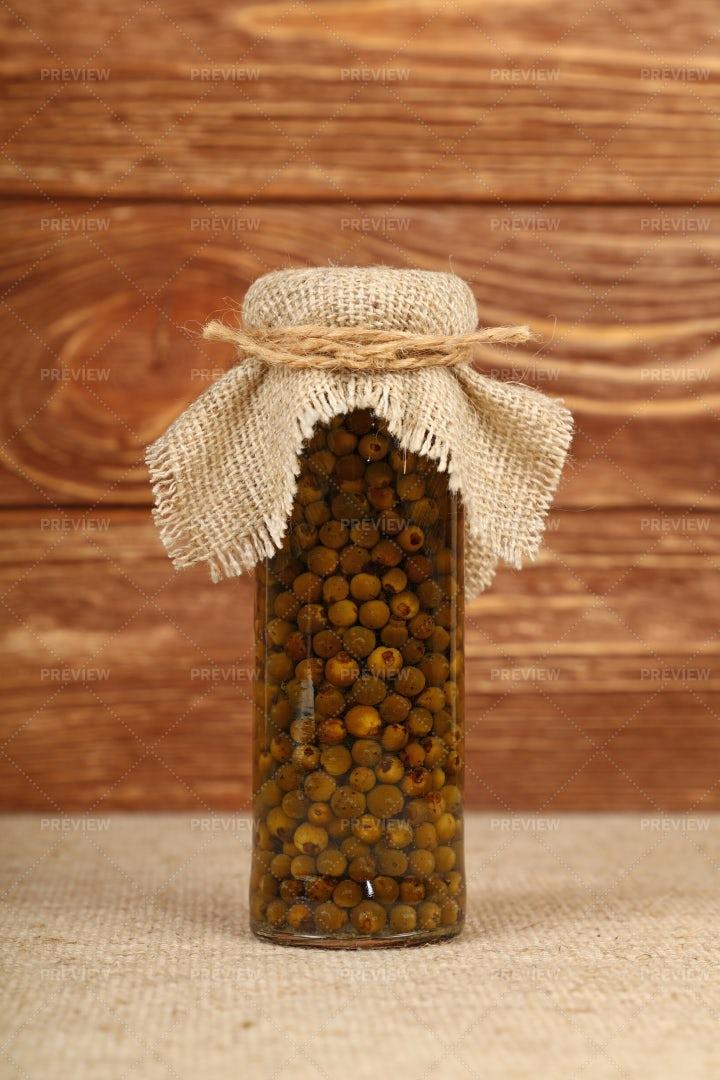 Green Peppercorns: Stock Photos
