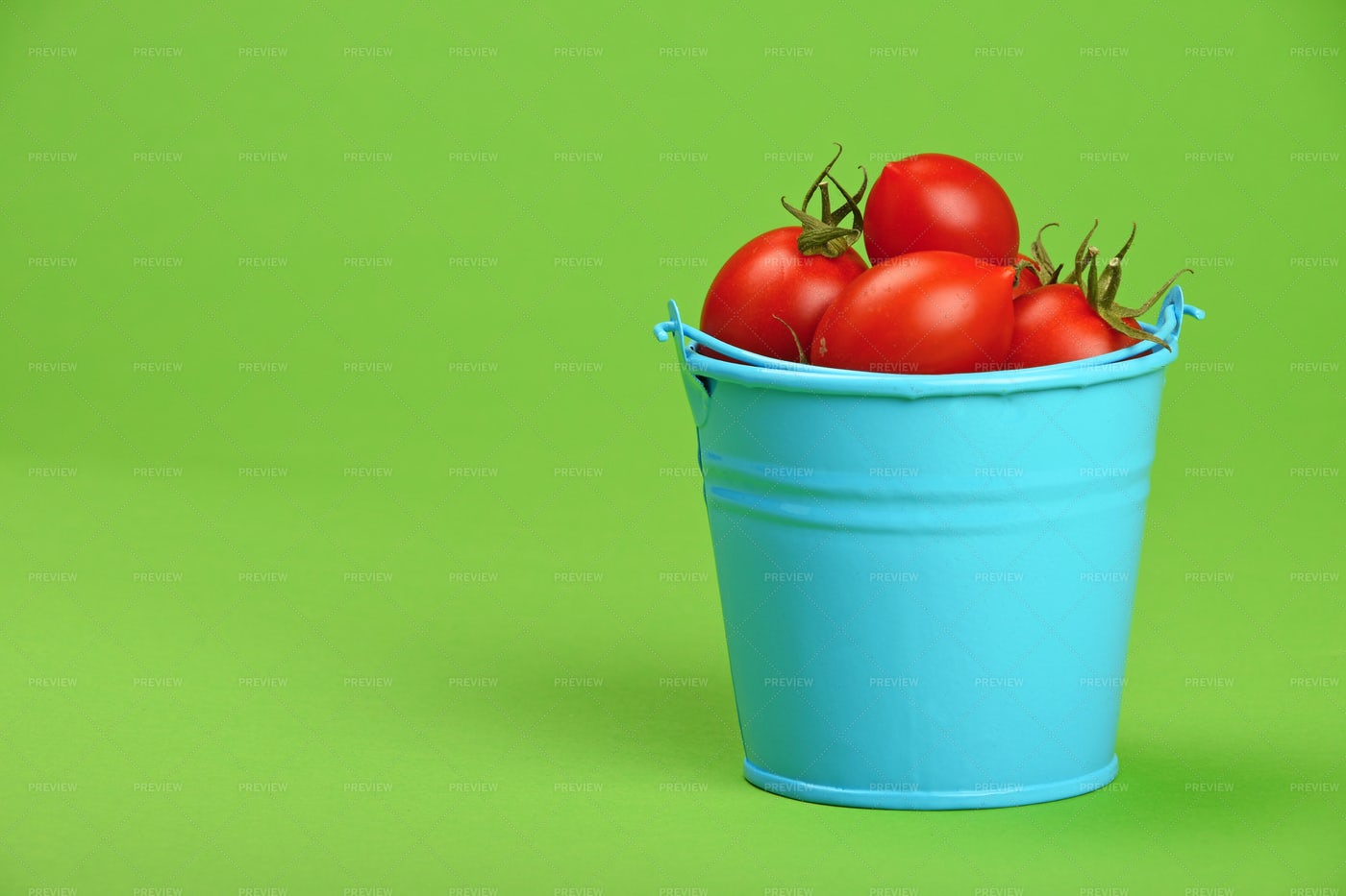 Bucket Of Cherry Tomatoes: Stock Photos